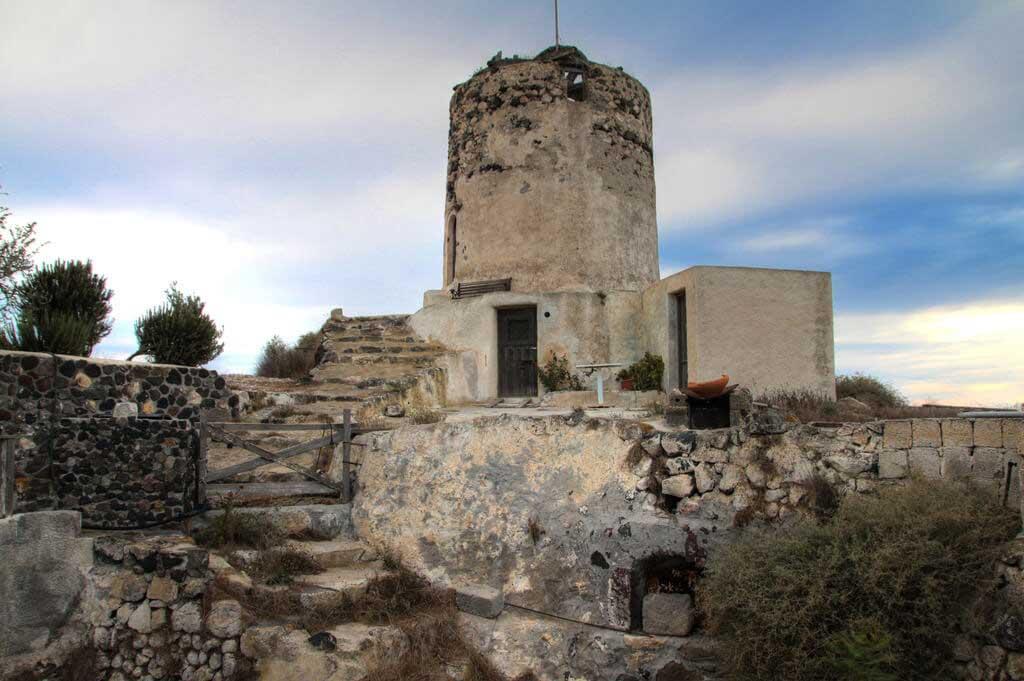 Old Vourvoulos Houses Santorini
